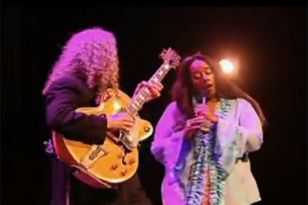 Photo of SAKSIKAN TUCK & PATTI LIVE IN CONCERT