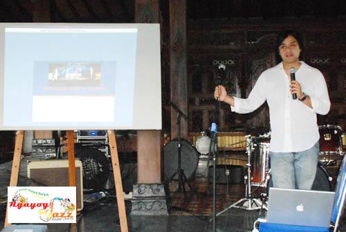 Dwiki Dharmawan saat memberikan workshop di Ngayogjazz 2009