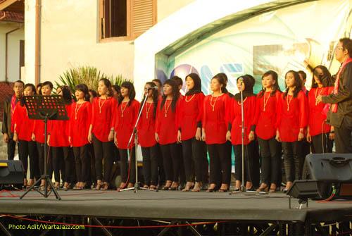 PSM Universitas Hasanuddin di Jazz @ Fort Rotterdam 2010 - Makassar