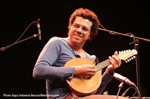 Hamilton de Holanda JazzAhead! 2011