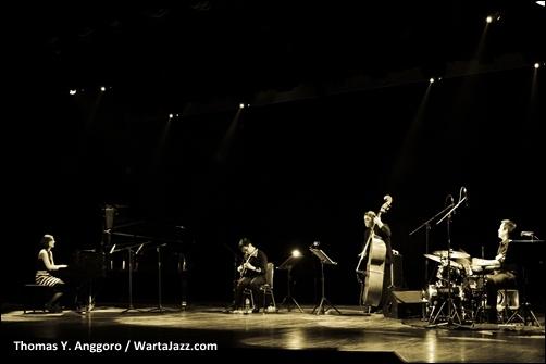 Shadow Puppets Quartet, Gedung Kesenian Jakarta, 18 Juni 2011.