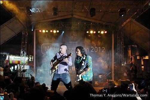 Photo of Tampil perdana, Gugun Blues Shelter guncang Medan Jazznation 2012!