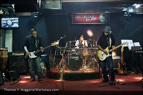 Sunset & The Bluesbite - Medan Jazznation 2012