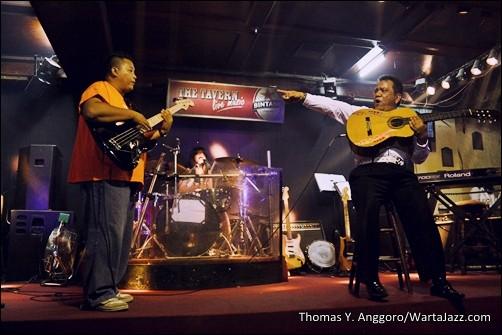 Yeppy Romero and Friends - Medan Jazznation 2012