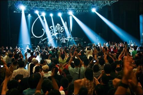 Photo of Casiopea 3rd Live Concert: Tampil energik, pukau Jakarta!