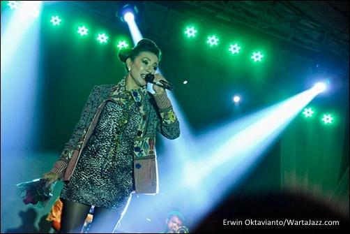 Syaharani - Borobudur Jazz 2012