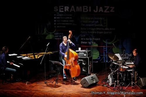 Dieter Ilg Trio - Serambi Jazz