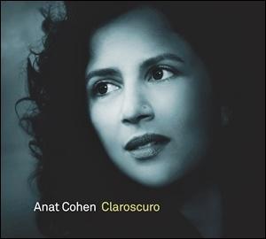 Photo of Anat Cohen – Claroscuro