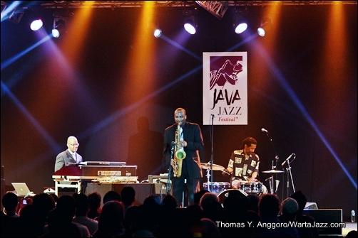 James Carter Organ Trio - Java Jazz 2013
