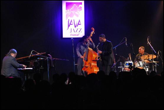 Photo of Serba-Serbi Kuintet Hari Pertama Djarum Super Mild Java Jazz Festival 2013