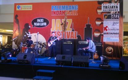 PIM Jazz Festival, Indro Menghipnotis Jazz Lover Palembang
