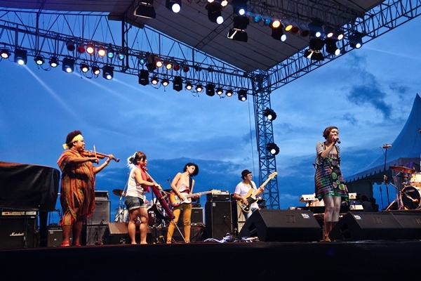 Photo of The Jimba Jazz, Harmoni Jazz Tepi Pantai Jimbaran