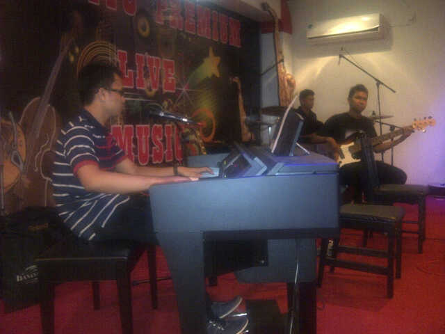 Photo of Friday Jazz Night di Resto Kepiting Dandito Premium Balikpapan