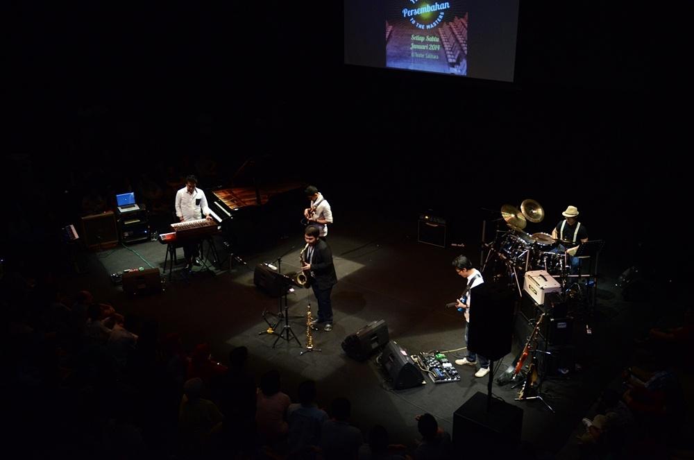 Photo of Tampil maksimal, Indra Lesmana Group akhiri Salihara Jazz Buzz 2014