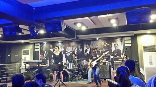 Badak Jazz Club (foto oleh Griven)