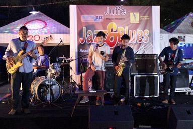 Jazz Jizz Juzz saat Jazz and Blues, road to 3rd Mahakam Jazz Fiesta