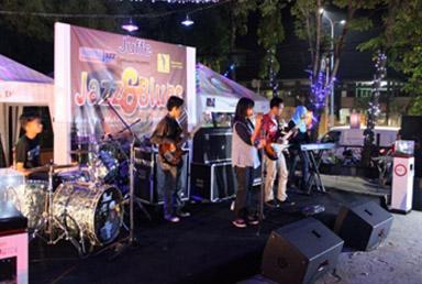 Ebony Teens saat Jazz and Blues, road to 3rd Mahakam Jazz Fiesta