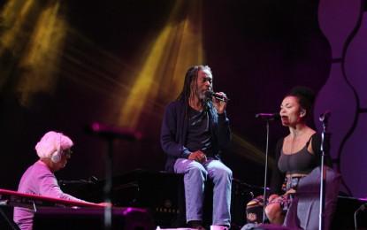 Spirit vokal Bobby McFerrin tenteramkan audiens Java Jazz Festival 2015