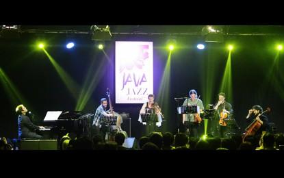 Dwiki Dharmawan Meets Violet Spin (Java Jazz Festival 2015)
