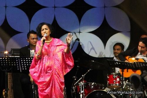 The Ladiesof Jazz_Akbar_3