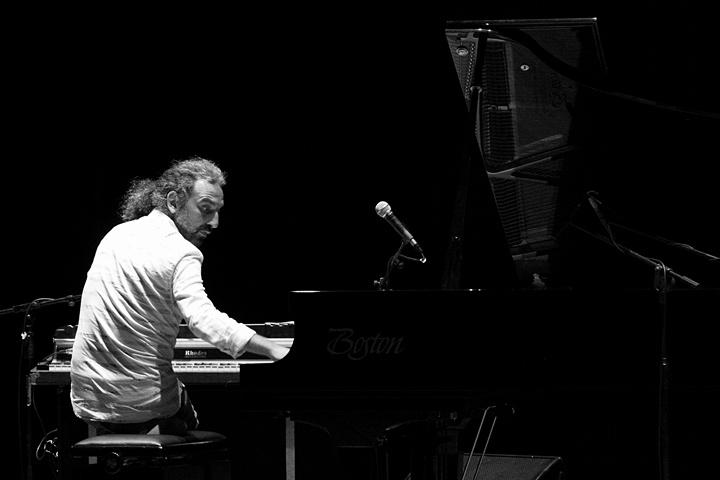 """Photo of """"Suoni Italiani,"""" jazz multimatra à la Stefano Bollani"""