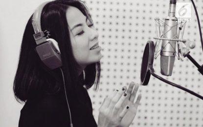 Interview dengan Amelia Ong, Penyanyi sekaligus Penulis lagu