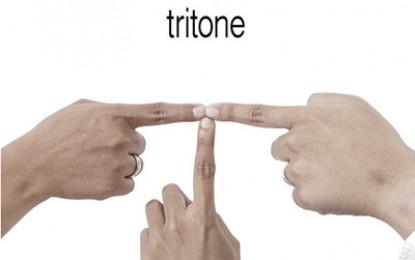 Interview bersama Tritone, grup dengan tiga gitaris muda