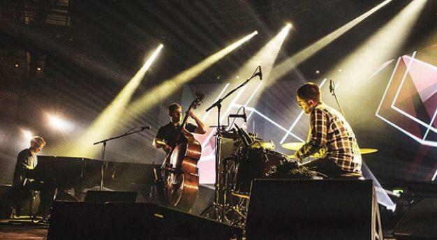 GoGo Penguin – band jazz eksperimental dari Manchester Inggris