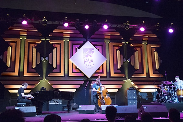 Photo of GoGo Penguin dan Retrospektif Java Jazz Festival